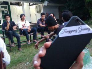 "Apresiasi Musik Indi ""Tunggang Gunung"" Lombok"