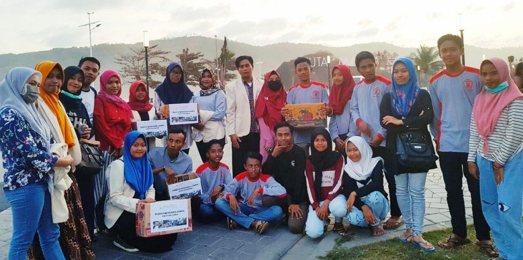Mahasiswa KKN UNU NTB Gelar Aksi Penggalangan Dana Korban Gempa Lombok