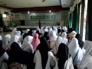 UNU NTB Gelar Ramah Tamah Mahasiswa Baru Gelombang Satu